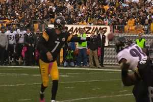Ben Roethlisberger with the shovel pass