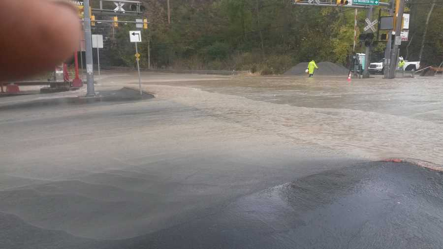 A underground water main line has broke at the intersection of Greentree Road and Old Washington Pike in Scott Township causing flooding.