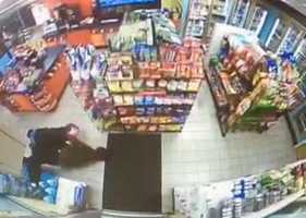 The fight took place during a robbery at the store on Murtland Avenue at 9:21 p.m. Wednesday.