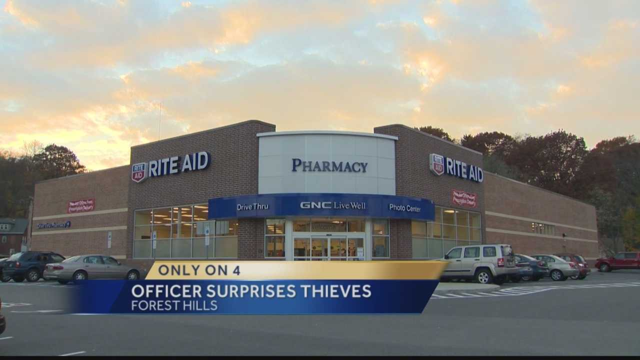 img-Officer in right place at right time during Rite Aid robbery
