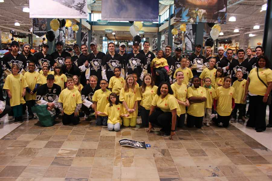 Sidney Crosby, Evgeni Malkin and all their Penguins teammates gave kids a memorable day of shopping for WTAE's Project Bundle-Up at Dick's Sporting Goods in Robinson.