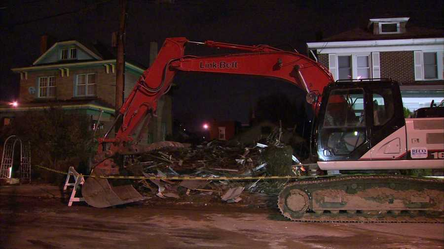 Pittsburgh police and fire investigators have been trying to determine what caused an empty house in Oakland to explode on Thanksgiving night.