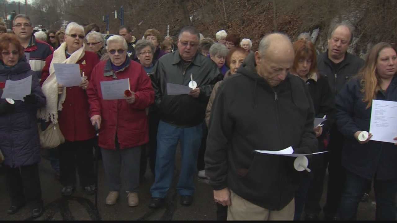 img-More than 200 gather at prayer service for assaulted nun