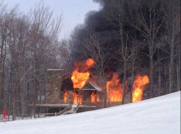 Condo Fire off of Imperial Drive at Hidden Valley Resort in Somerset County (Photo by Nate Alford)
