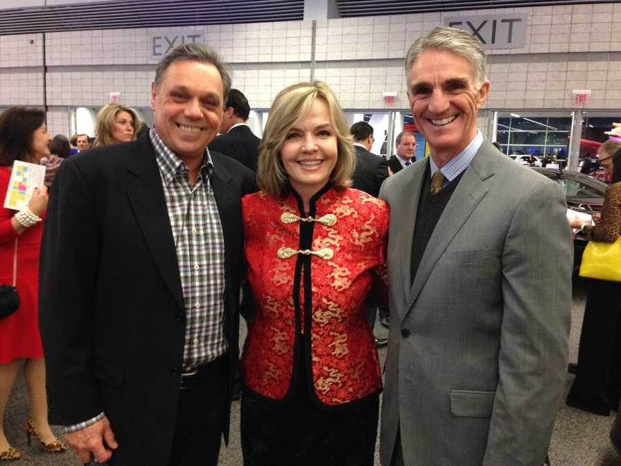 WTAE's Sally Wiggin with former Penguins Pierre Larouche (left) and Randy Hillier (right)