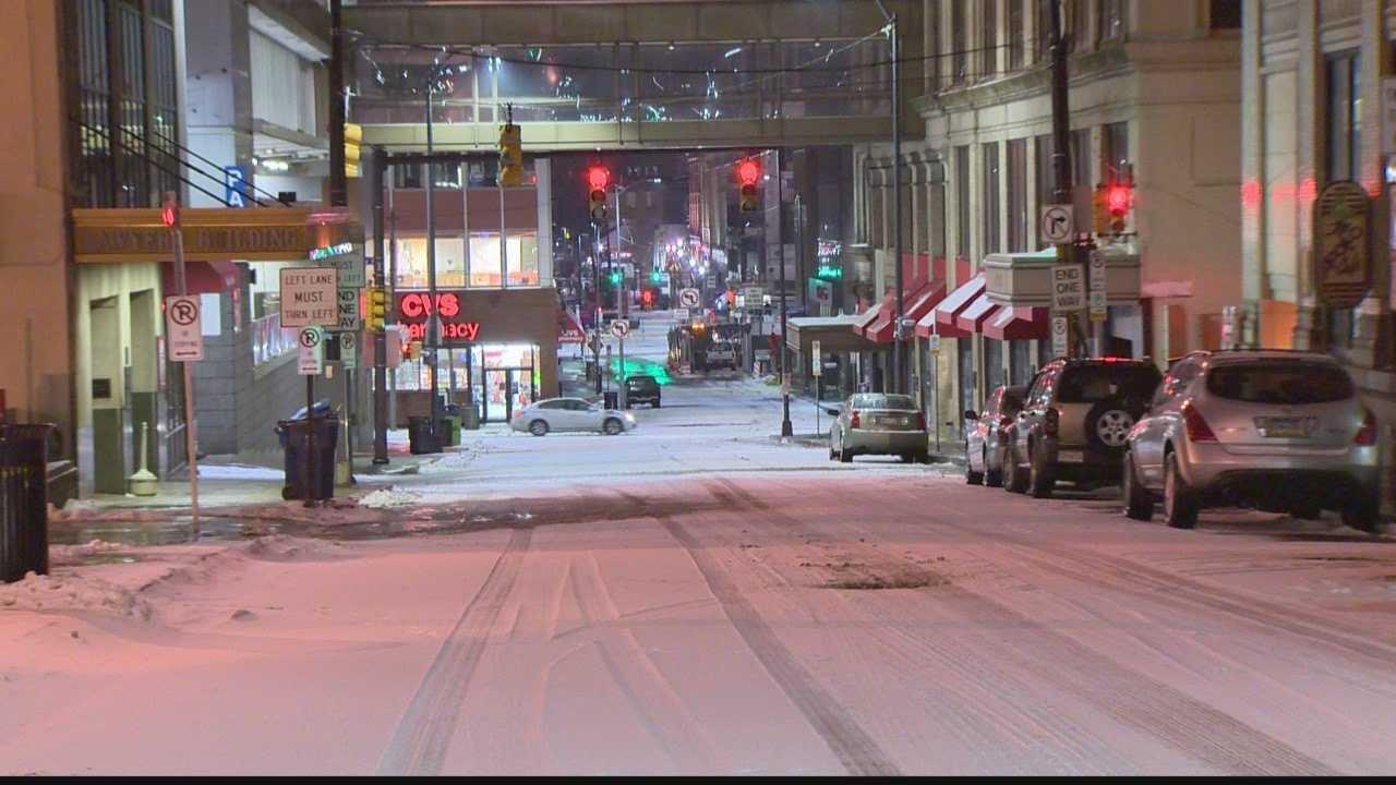 img-snowy Pittsburgh street