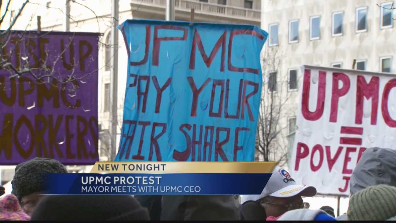 img-Pittsburgh mayor UPMC CEO meet on labor other issues