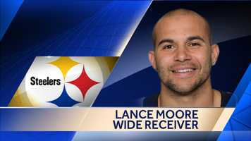 Former New Orleans Saints wide receiver Lance Moore signed a two-year deal with the Steelers.