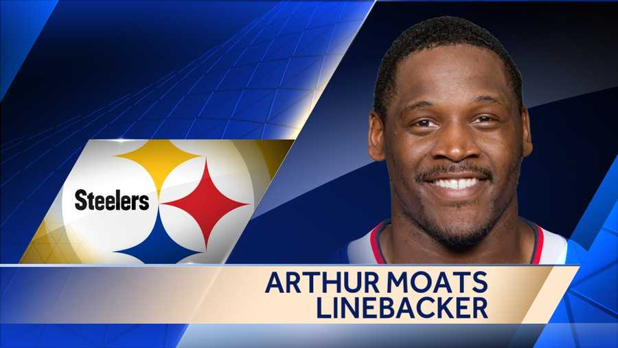Versatile linebacker Arthur Moats signed a one-year deal with the Steelers.