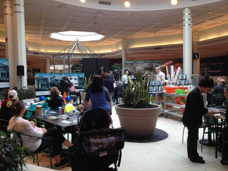 Here's what the food court at South Hills Village currently looks like.