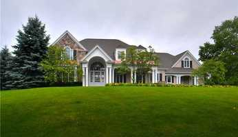 Location: 6001 Great Oak Dr, Murrysville, PAThis beautiful home includes six bedrooms, seven bathrooms, top of the line appliances, two kitchens, and much more. The home is listed for $1.32 million and is featured on realtor.com.