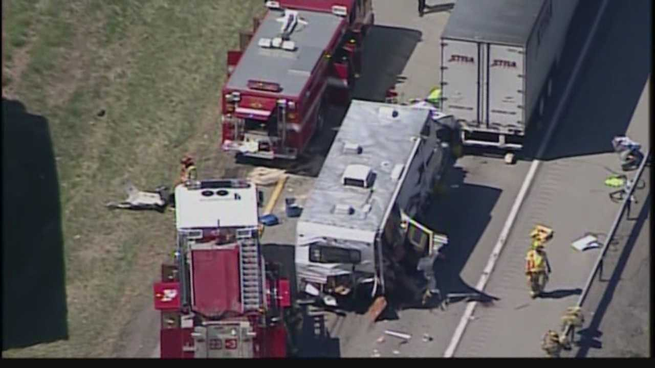 Sky 4 with Action Cam over the multi-vehicle accident on Interstate 79 in Butler County.