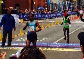 What a finish @PGHMarathon half race. Assefa Habtamu beats Emmanuel Bor by 2 sec in 1:02:45