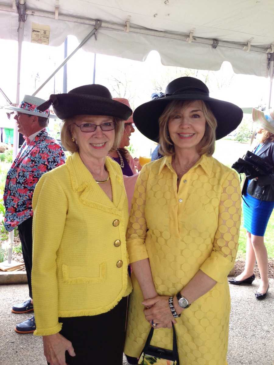 Oakland Catholic High School president Katherine Freyvogel and Pittsburgh's Action News 4 anchor Sally Wiggin