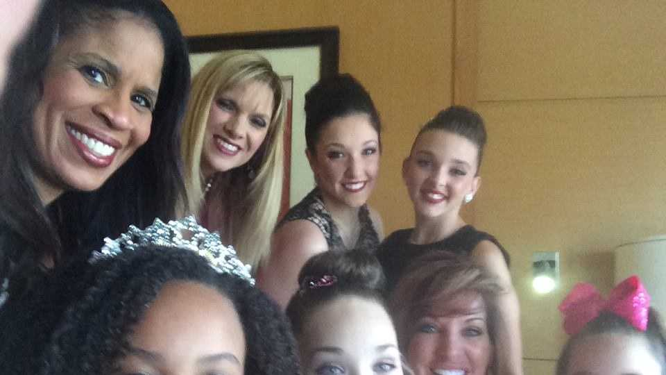 The ladies from #Pittsburgh's Dance Moms and the Abbey Lee Dance Company were in Los Angles for the May 5th Dancing With The Stars... Holly, Melissa, Jill, Maddie, MacKenzie, Nia, & Kendall. They shared some of their photos with us from the trip...