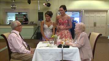 A 91-year-old McKees Rocks native fulfilled a dream Friday night, thanks to her family and the staff at Montour High School. Edna Lamping finally went to her first prom.