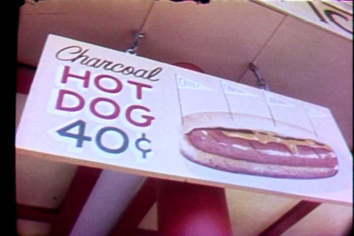 Hot dogs cost 40 cents at Kennywood in 1972.