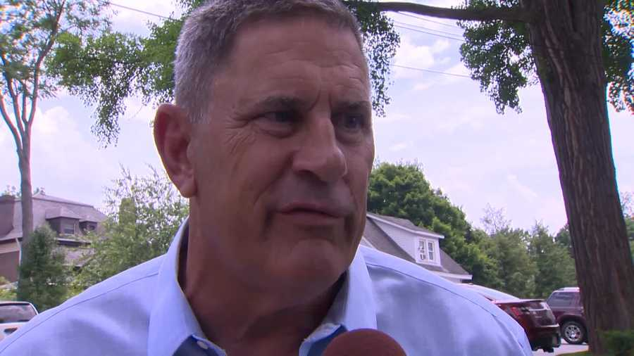 """Whether you were just in training camp for two weeks and then got cut, I think Chuck had an impact on your life,"" said former Steelers defensive lineman John Banaszak."