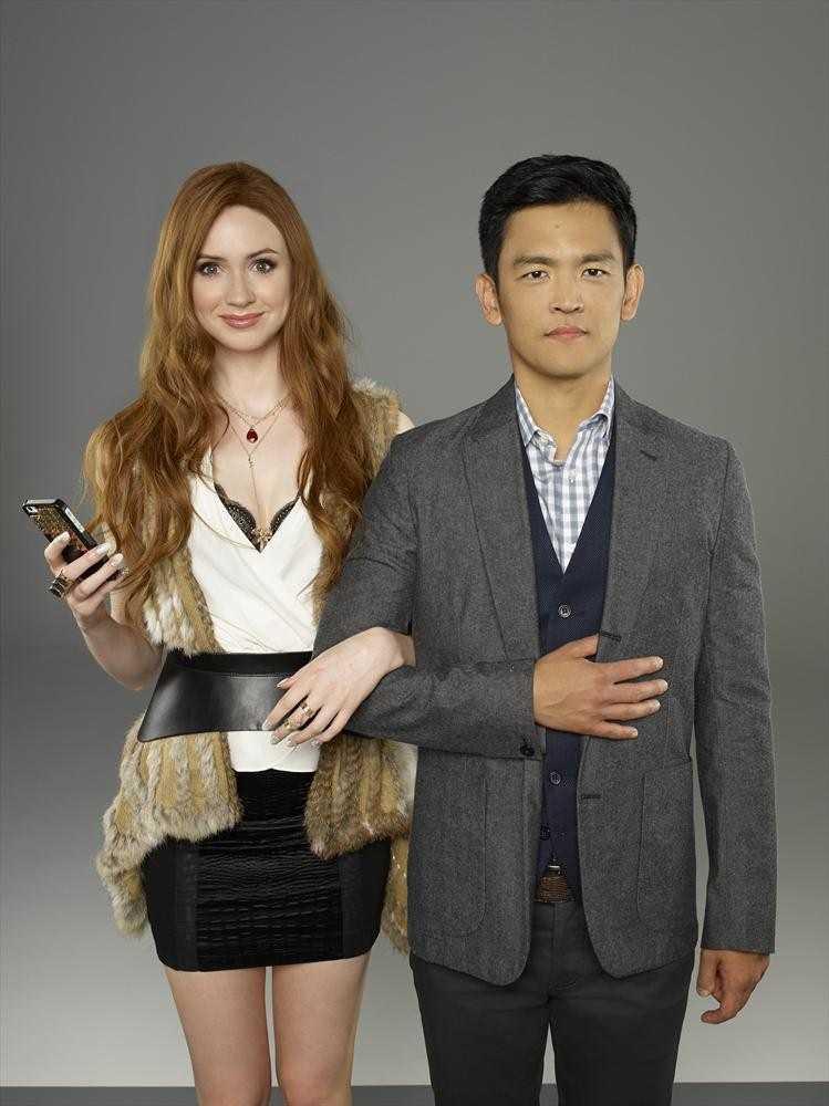 "ABC's ""Selfie"" stars Karen Gillan as Eliza and John Cho as Henry"