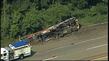 Sky 4 flew over the crash scene on Interstate 70 near Route 43.