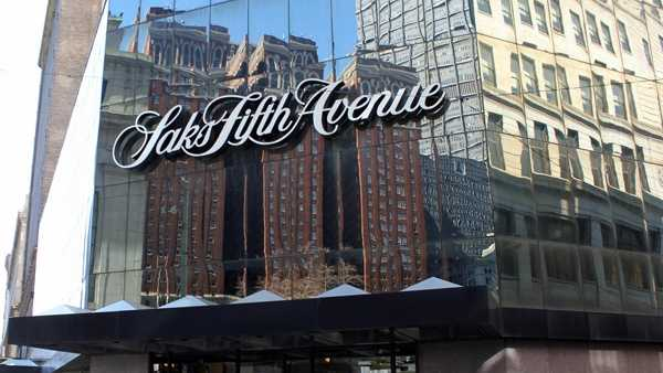 Hop across the curb at Oliver and you're at Saks Fifth Avenue. This department store on Smithfield Street was still going fairly strong in 1994.