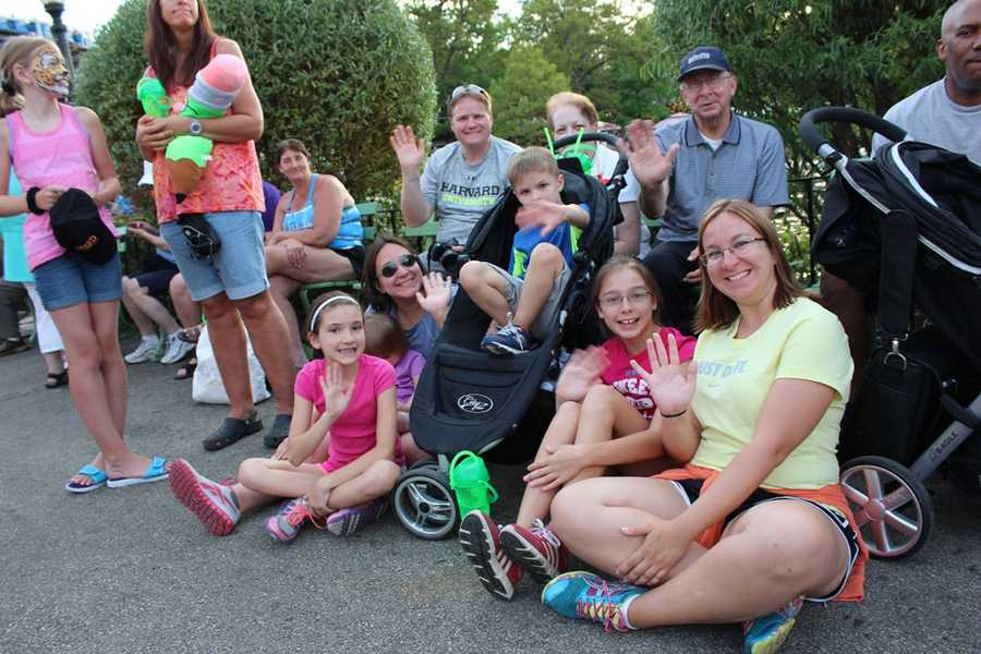 Did you make it out to our Summerfest Parade at Kennywood Park? If so, you just might have made our parade fans photo slideshow! Check them out and see...