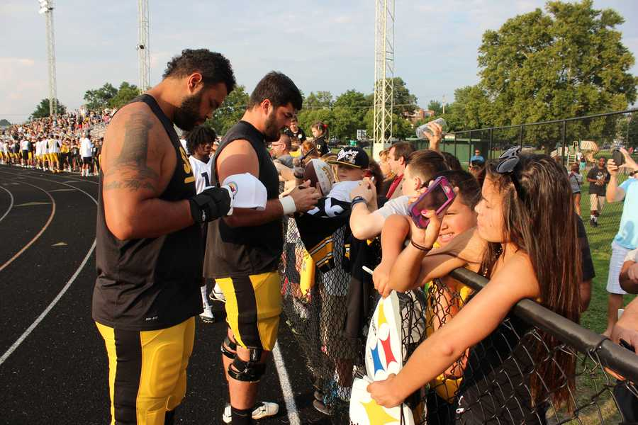Mike Adams and David DeCastro