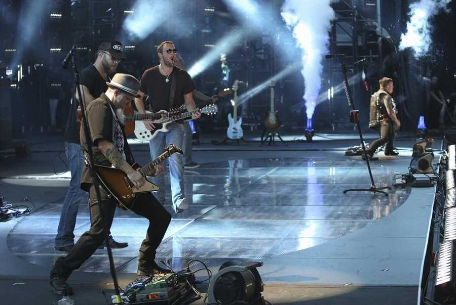 """ERIC CHURCH -- CMA MUSIC FESTIVAL: COUNTRY'S NIGHT TO ROCK - The ABC Television Network airs """"CMA Music Festival: Country's Night to Rock"""" on TUESDAY, AUGUST 5 (8:00-11:00 PM/ET). (ABC/Eric Gebhart)"""