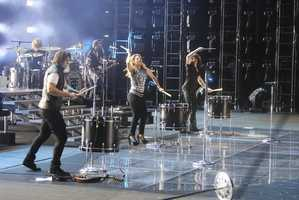 "THE BAND PERRY -- CMA MUSIC FESTIVAL: COUNTRY'S NIGHT TO ROCK - The ABC Television Network airs ""CMA Music Festival: Country's Night to Rock"" on TUESDAY, AUGUST 5 (8:00-11:00 PM/ET). (ABC/Eric Gebhart)"