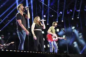 "LADY ANTEBELLUM -- CMA MUSIC FESTIVAL: COUNTRY'S NIGHT TO ROCK - The ABC Television Network airs ""CMA Music Festival: Country's Night to Rock"" on TUESDAY, AUGUST 5 (8:00-11:00 PM/ET). (ABC/Chris Hollo)"