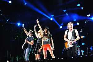 "LITTLE BIG TOWN -- CMA MUSIC FESTIVAL: COUNTRY'S NIGHT TO ROCK - The ABC Television Network airs ""CMA Music Festival: Country's Night to Rock"" on TUESDAY, AUGUST 5 (8:00-11:00 PM/ET). (ABC/Derek Martinez)"