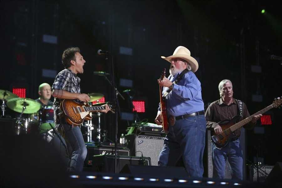 """CHARLIE DANIELS BAND -- CMA MUSIC FESTIVAL: COUNTRY'S NIGHT TO ROCK - The ABC Television Network airs """"CMA Music Festival: Country's Night to Rock"""" on TUESDAY, AUGUST 5 (8:00-11:00 PM/ET). (ABC/Mark Levine)"""