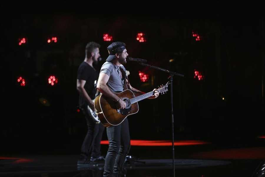 "THOMAS RHETT -- CMA MUSIC FESTIVAL: COUNTRY'S NIGHT TO ROCK - The ABC Television Network airs ""CMA Music Festival: Country's Night to Rock"" on TUESDAY, AUGUST 5 (8:00-11:00 PM/ET). (ABC/Mark Levine)"