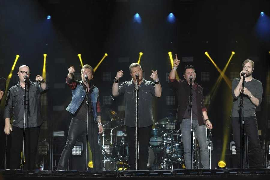 """RASCAL FLATTS -- CMA MUSIC FESTIVAL: COUNTRY'S NIGHT TO ROCK - The ABC Television Network airs """"CMA Music Festival: Country's Night to Rock"""" on TUESDAY, AUGUST 5 (8:00-11:00 PM/ET). (ABC/Eric Gebhart)"""