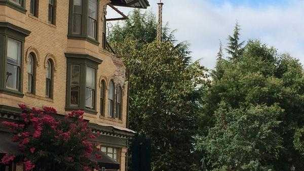 Most serious damage I have seen, Side of building has collapsed in downtown Napa