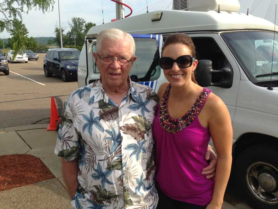 Joe DeNardo with Pittsburgh's Action Weather meteorologist Ashley Dougherty at the Heath Miller Mini-Golf Classic.