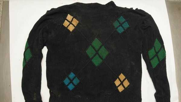 This sweater was found on a male body that was recovered from the Allegheny River.