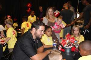 Cody Wallace and his family join the kids for conversation and dinner!