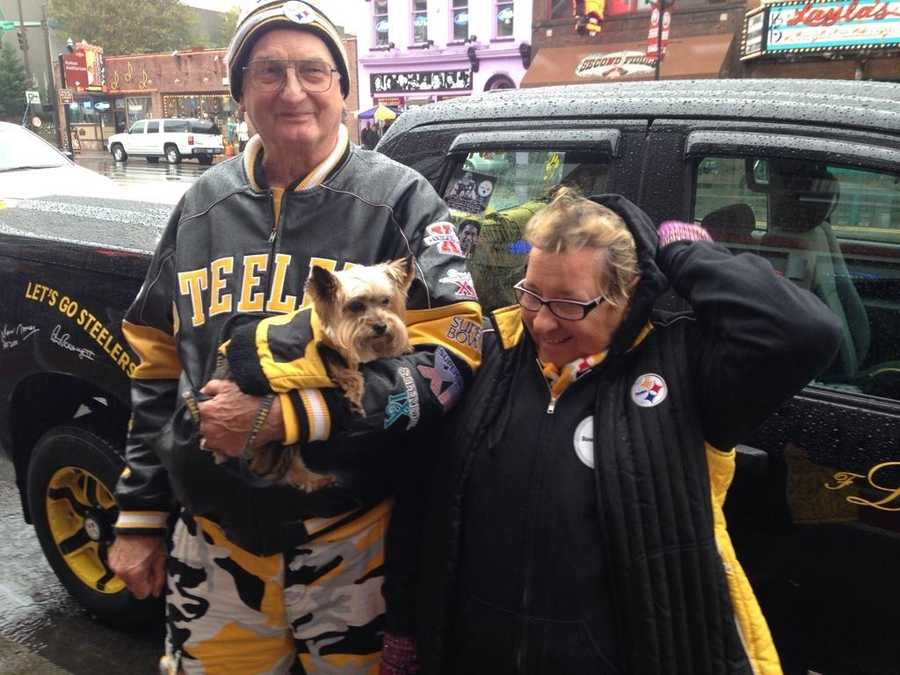 "#Steelers fan from Carolina here in Nashville and their dog ""Maddox"" named after guess who? #MNF #wtaesteelers @WTAE"