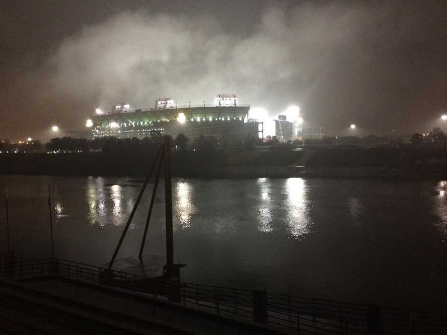 Thick fog at LP Field on a rainy night in Nashville @WTAE #wtaesteelers #MNF