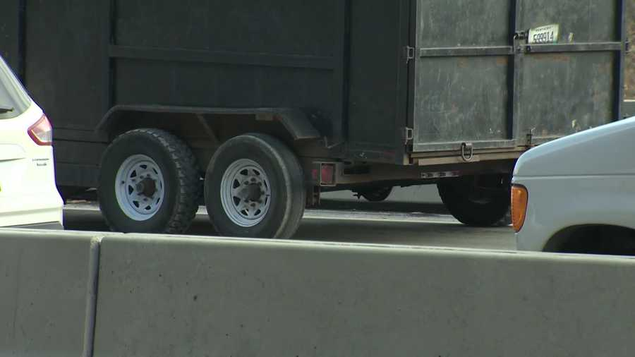 A round space where a wheel is missing can be seen in this photo of the trailer.