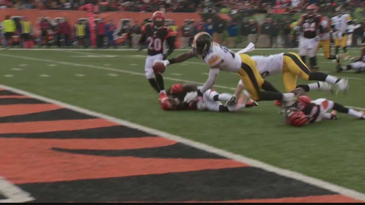 Le'Veon Bell had three touchdowns against the Bengals.