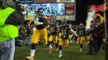 The Steelers take the field against the Cincinnati Bengals in the final game of the regular season at Heinz Field.