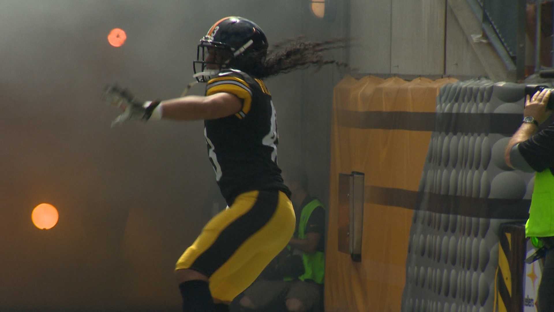 Troy Polamalu takes the field