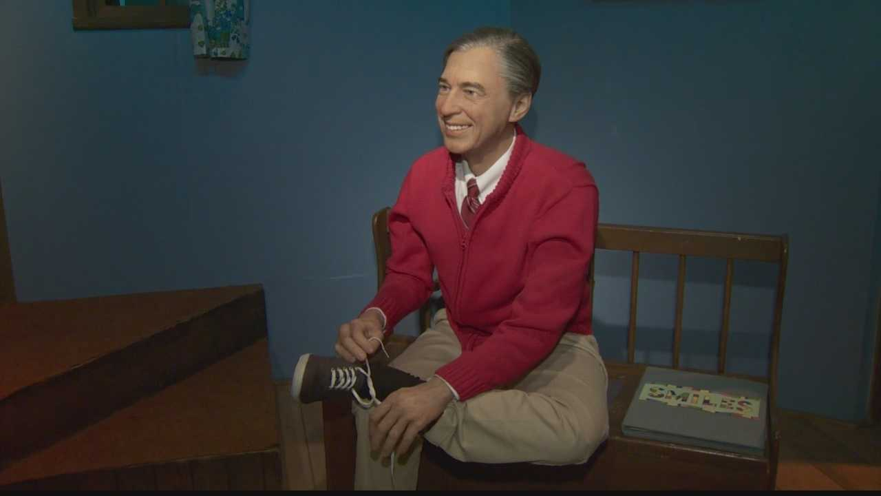'Mister Rogers' Neighborhood' display unveiled in Strip District