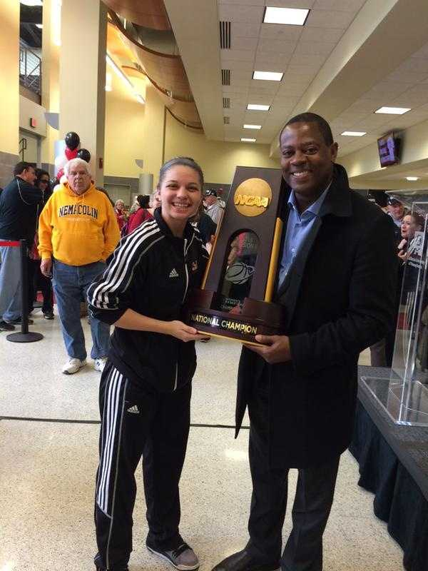 Yes the trophy is heavy. Glad @CalUofPAWBB and tourney MVP Kaitlynn Fratz is helping me lift it @WTAE