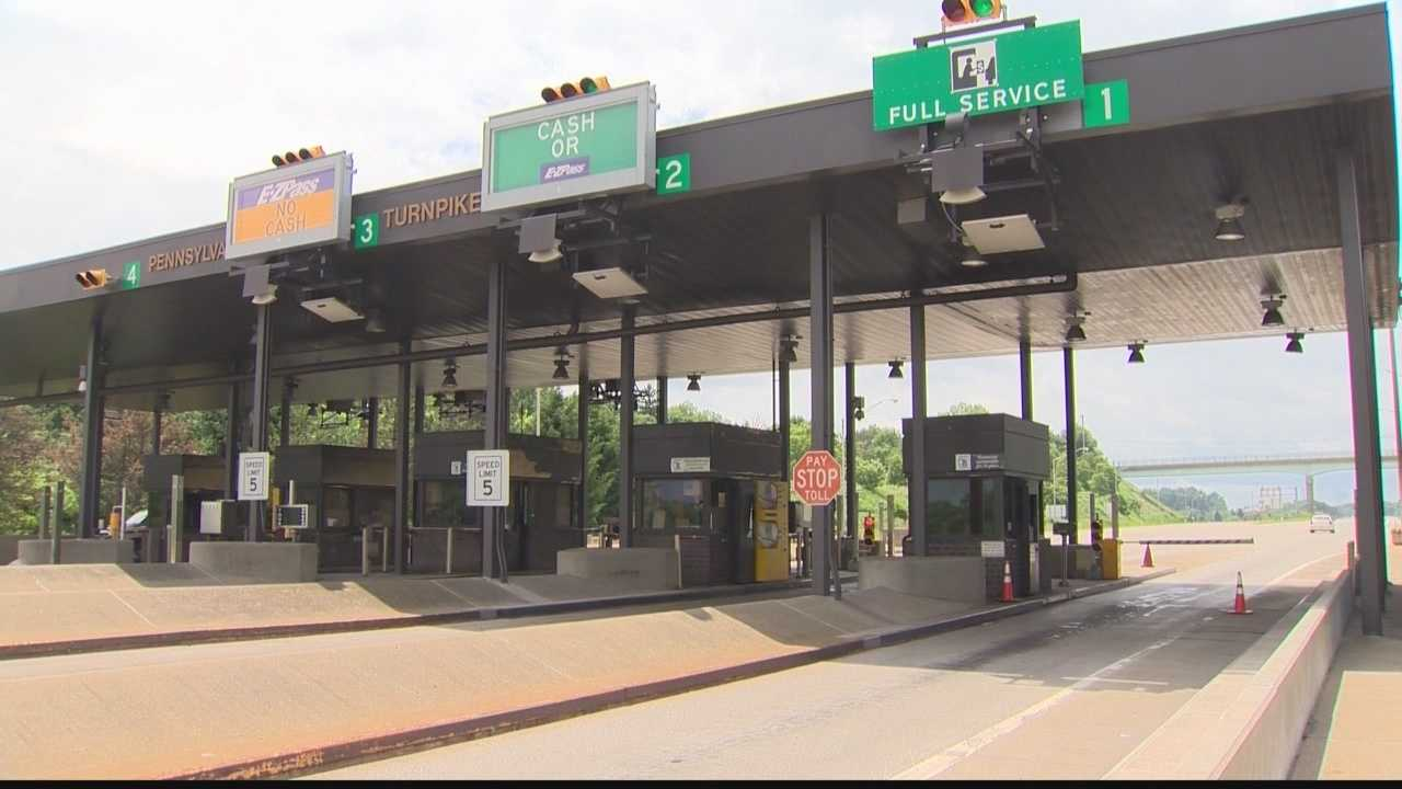 img-Pennsylvania Turnpike starts move toward eliminating cash tolls