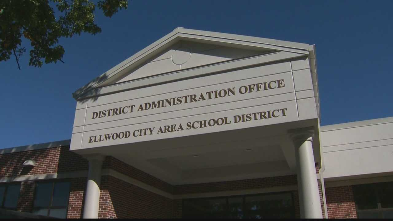 Ellwood City Area School District administration building