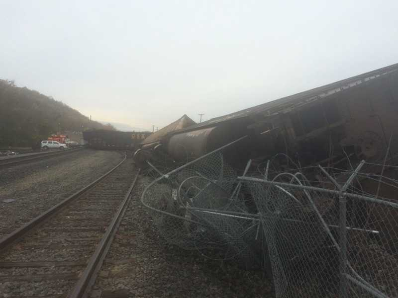 Seven rail cars have been confirmed over turned along Paul Thomas Blvd in Brownsville Borough in Fayette County.  Officials state that the accident occurred around 8:30am on Tuesday morning.   The rail cars were carrying coal and there were no injuries reported.