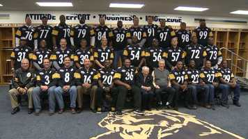 Ten years after starting their improbable playoff run, the Steelers' Super Bowl XL team reunites at Heinz Field.